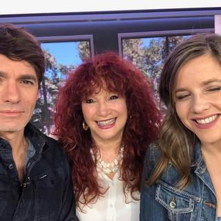 עם פאולה וליאון, רגע לפני השידור