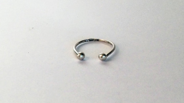 Traces Ring