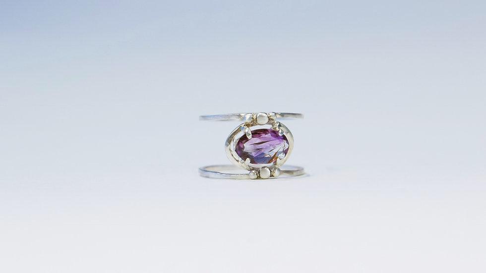 Twinn Amethyst Ring