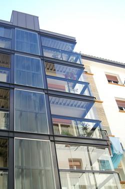 Accesos por balcones ampliados