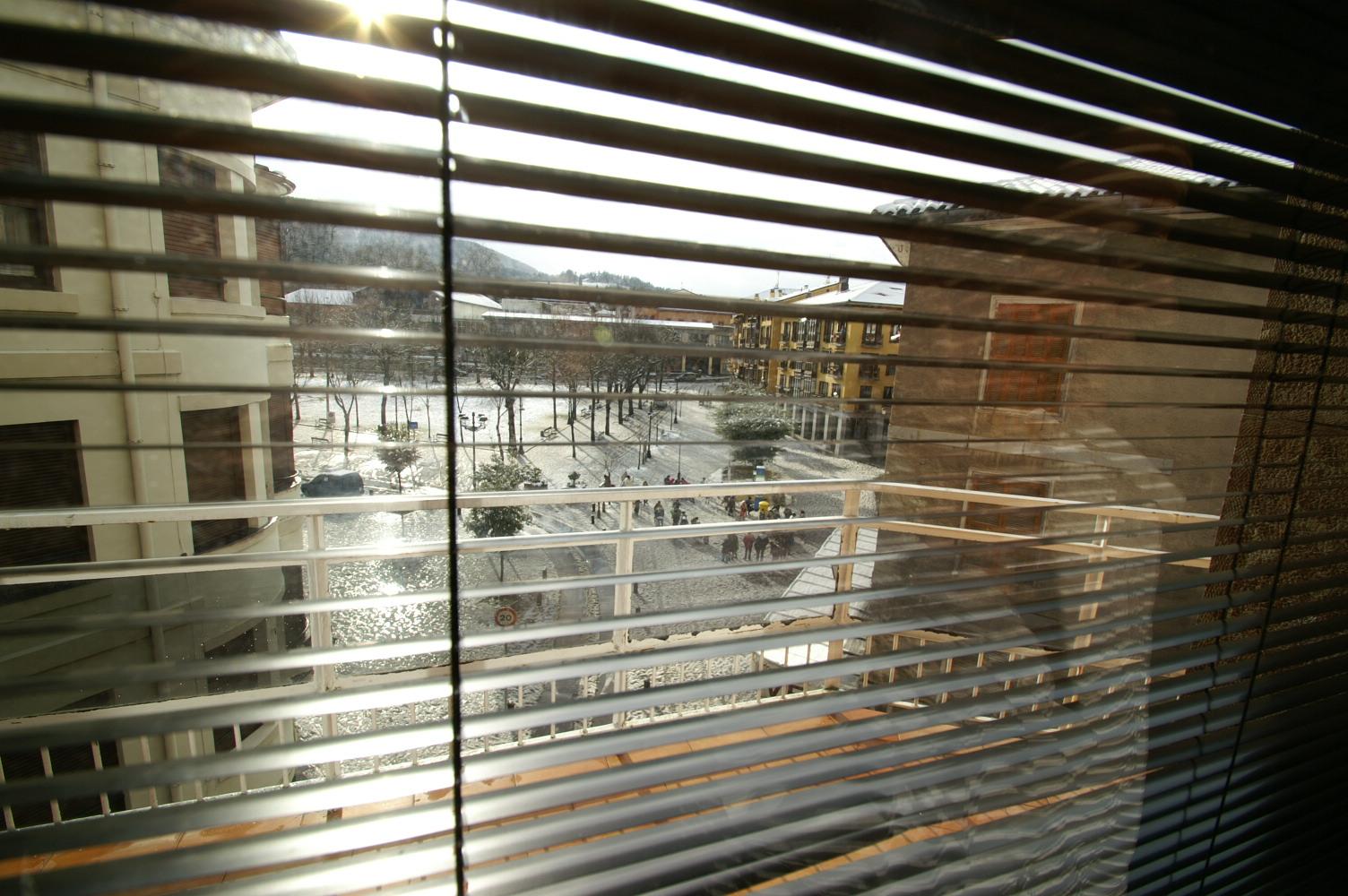 Cortinas en cámara-ventana radiante