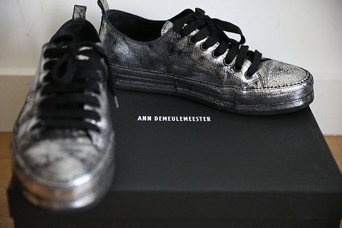 Ann Demeulemeester Dirty Look Low-top Sneaker