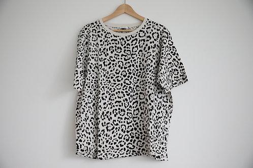 Saint Laurent Paris Leopard Oversized T-shirt