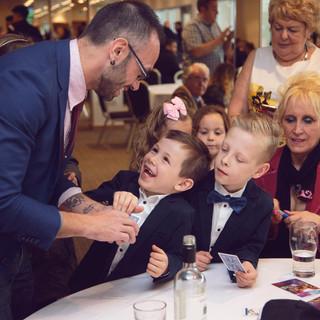 Kids Love Magic