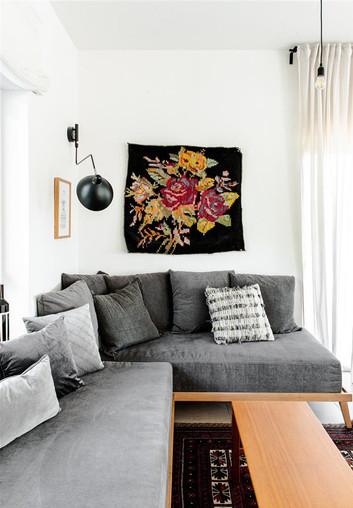 שטיח תלוי על הקיר