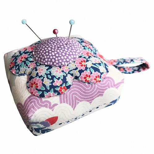 Tilda Sewing Kit - Flower Pincushion