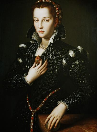 Portrait of Lucrezia de Medici by Agnolog Bronzino