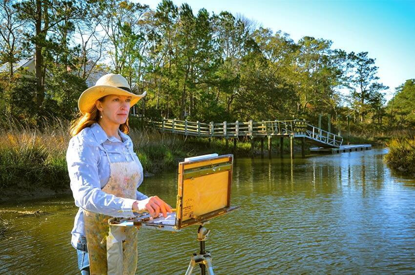 Photo of Artist Sheryl Stalnaker painting en plein air