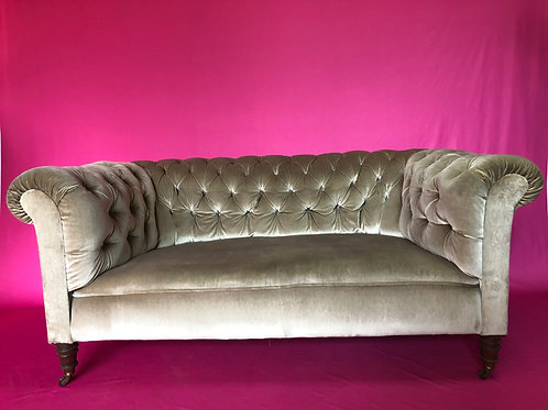 Victorian 2 Seater Chesterfield Settee