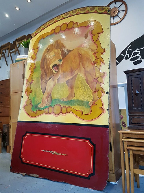 Hand Painted 1960's Fairground Lion Rounder Board.