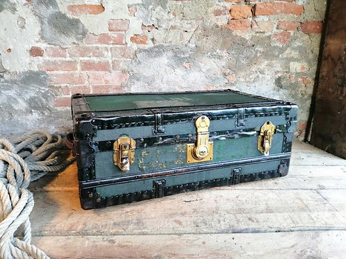 Canvas travel trunk from the early 1900s (including delivery)
