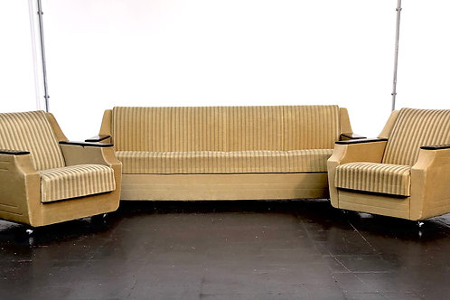 Classic 1960's streamline shaped Pinzon sofa set