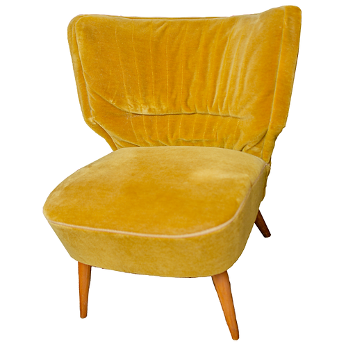 Bavarian Velvet Fan Back Chair Gold Yellow Velvet 1