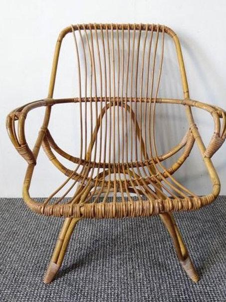 Beautiful vintage rattan chair