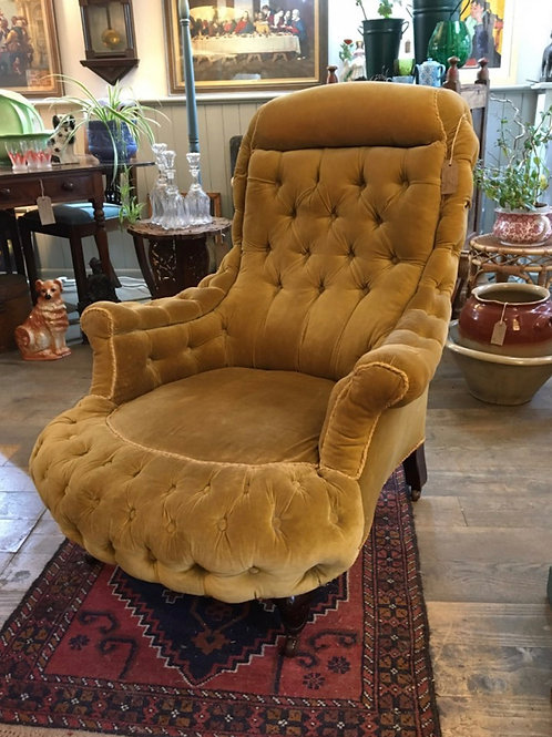 Fabulous Gold Button Back Gentlemen's Chair