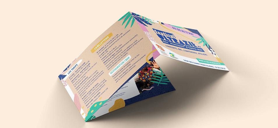 3-Fold-Landscape-Brochure-Mockup@2x.jpg