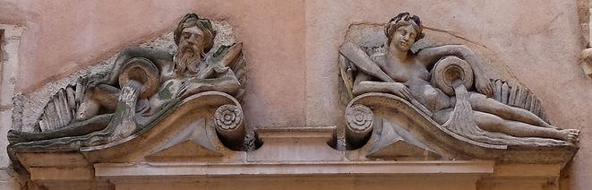 Allégories du Rhône et de la Saône, cour du musée de l'Imprimerie Lyon