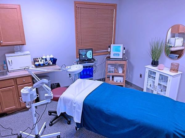 treatmentroom_adjusted.jpg