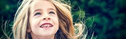 prune-fille-enfant-sourire
