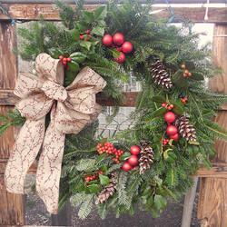 more custom wreaths