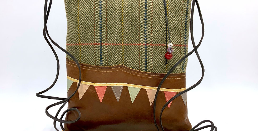 Country Walk Notebook Bag I