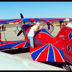 Pitts S2C - high performance fun