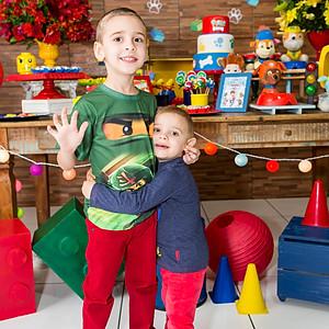 Aniversário de 5 anos do Artur e 2 anos do Lucas