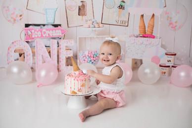 Fairbanks Alaska cake smash photographer, Fairbanks cake smash photographer, alaska cake smash photographer