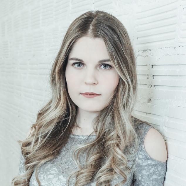 Portrait- Shannon VZ