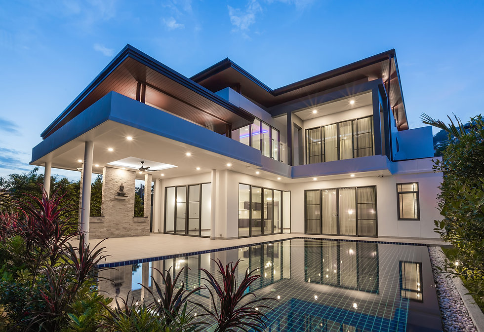 Modern luxury villa with swimming pool.j