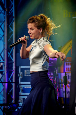 live: Sophie Becker, Sängerin Frankfurt, mit The Takanaka Club Band