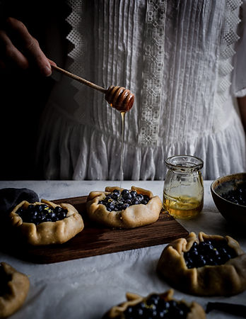 Mustikkagalette hunajalla Minna Vauhkone