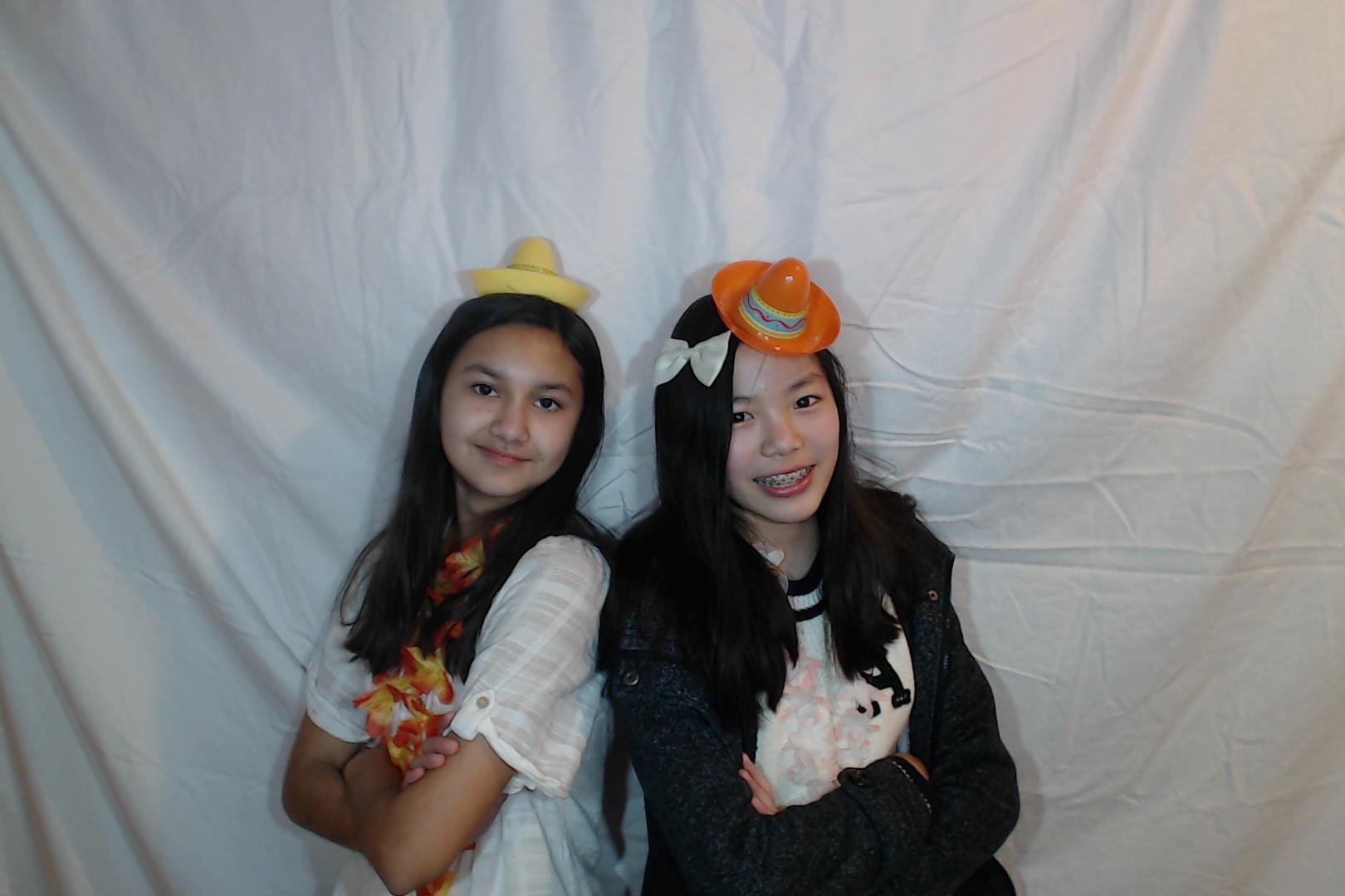 Michelle and Sophia 14th birthday040-2018-03-10singles