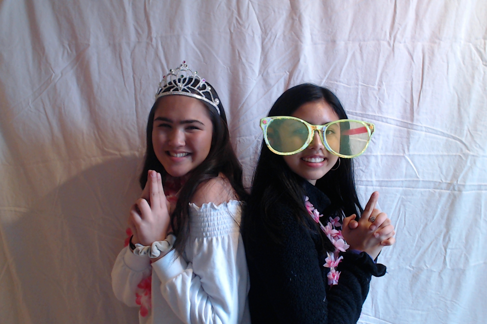 Michelle and Sophia 14th birthday002-2018-03-10singles