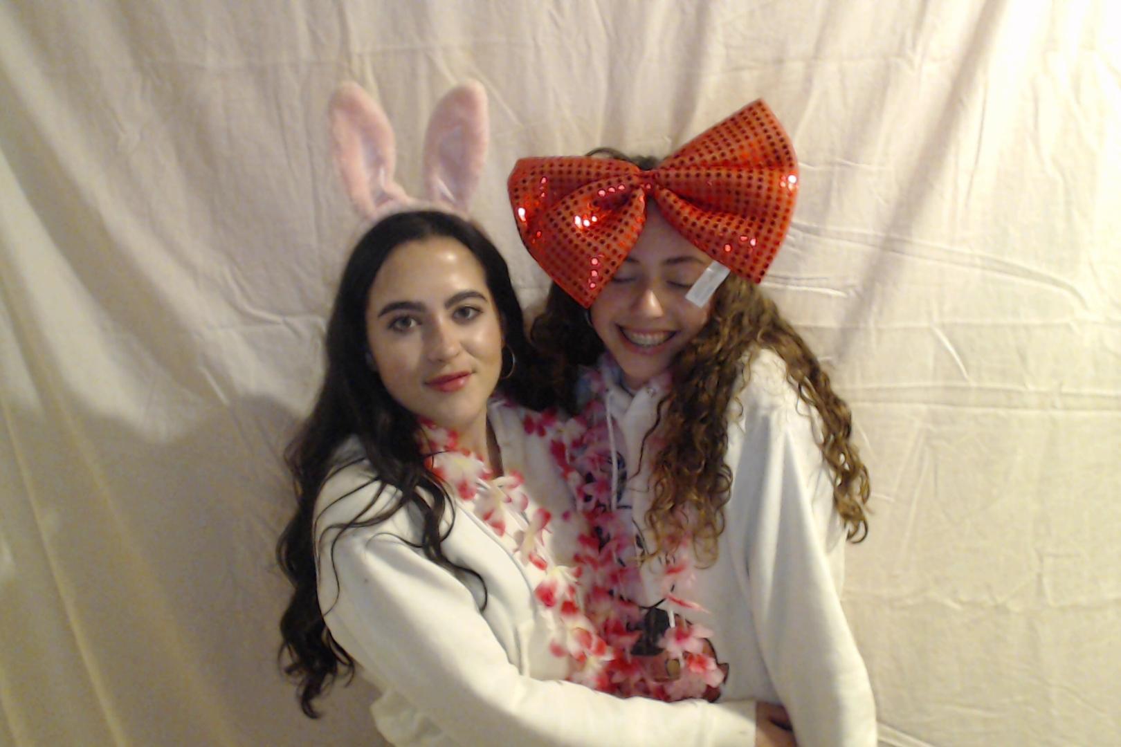 Michelle and Sophia 14th birthday009-2018-03-10singles