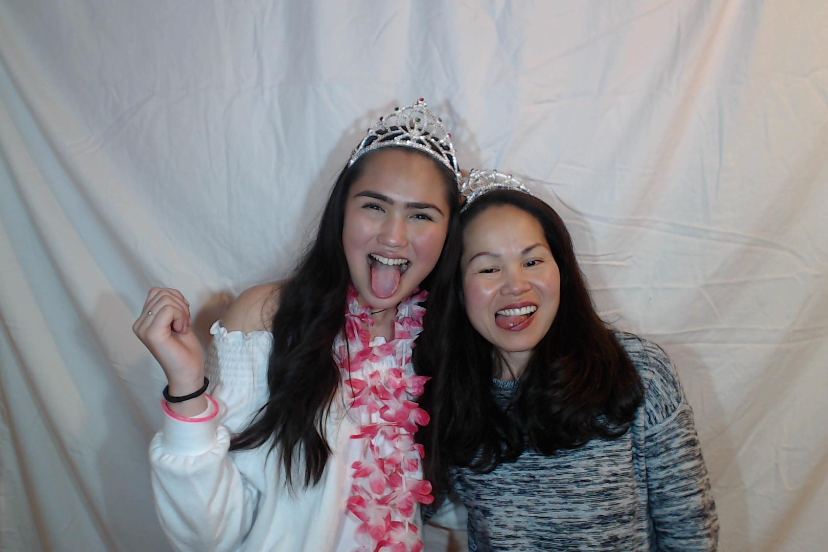 Michelle and Sophia 14th birthday078-2018-03-10singles