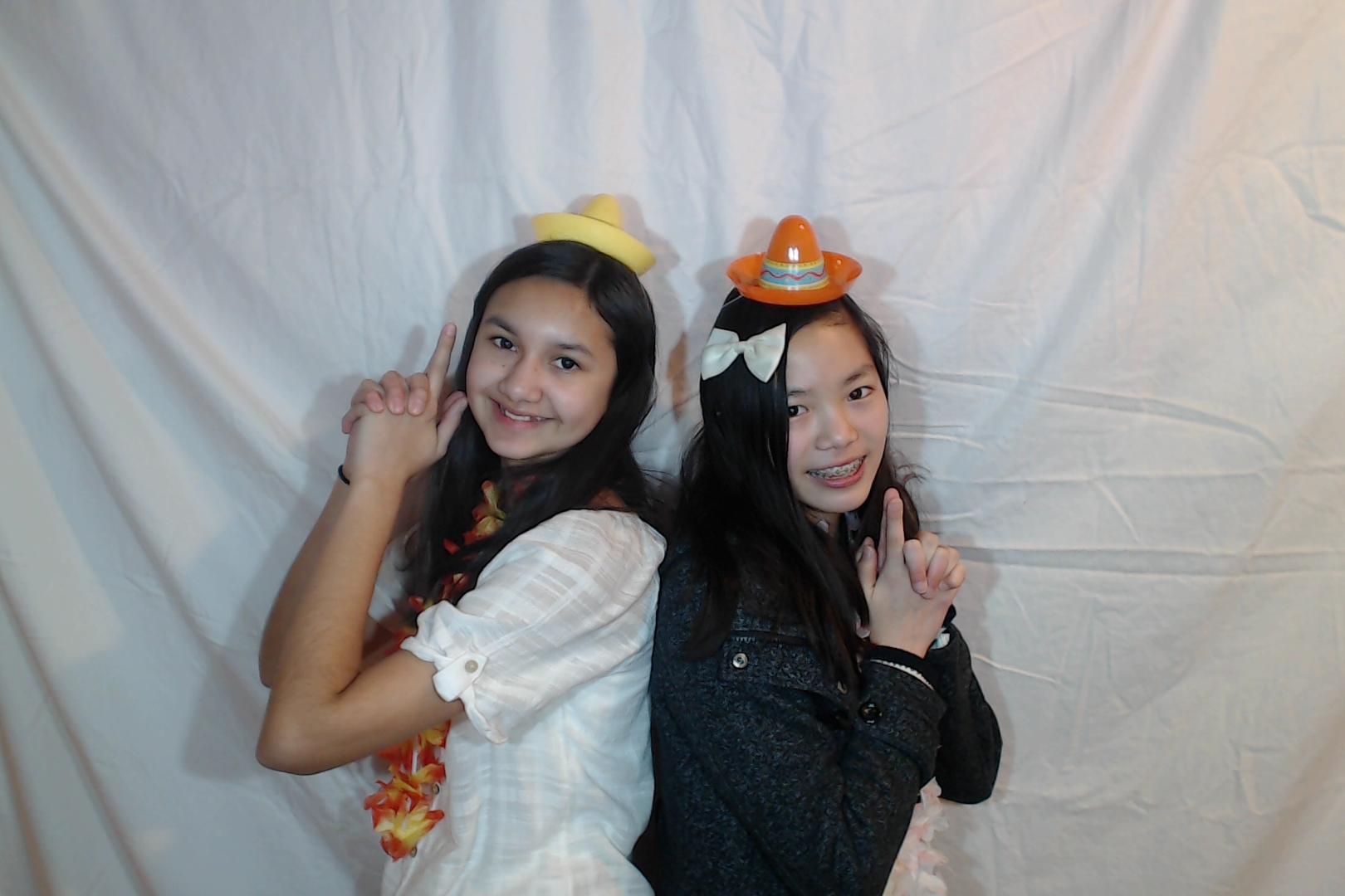 Michelle and Sophia 14th birthday038-2018-03-10singles