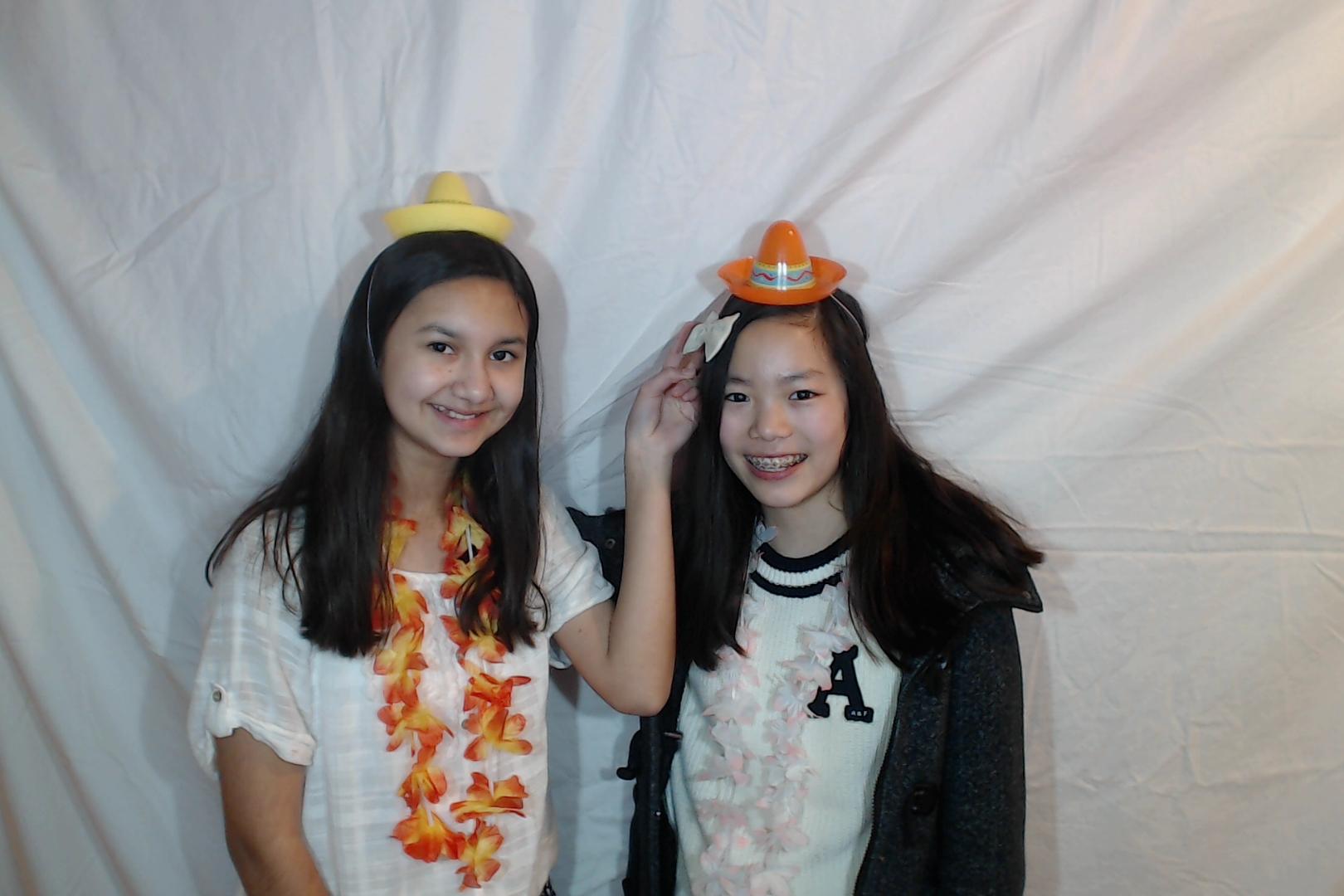 Michelle and Sophia 14th birthday037-2018-03-10singles