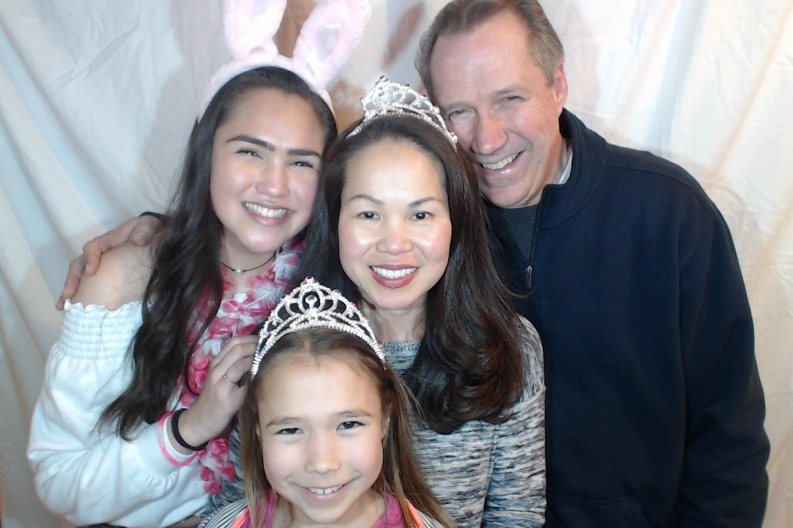 Michelle and Sophia 14th birthday081-2018-03-10singles
