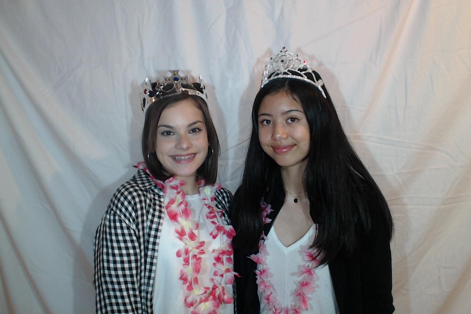 Michelle and Sophia 14th birthday029-2018-03-10singles
