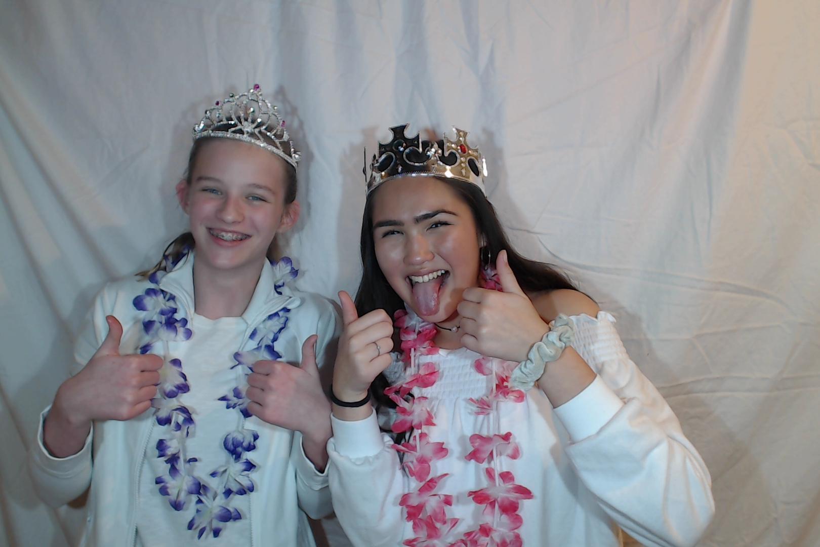 Michelle and Sophia 14th birthday042-2018-03-10singles
