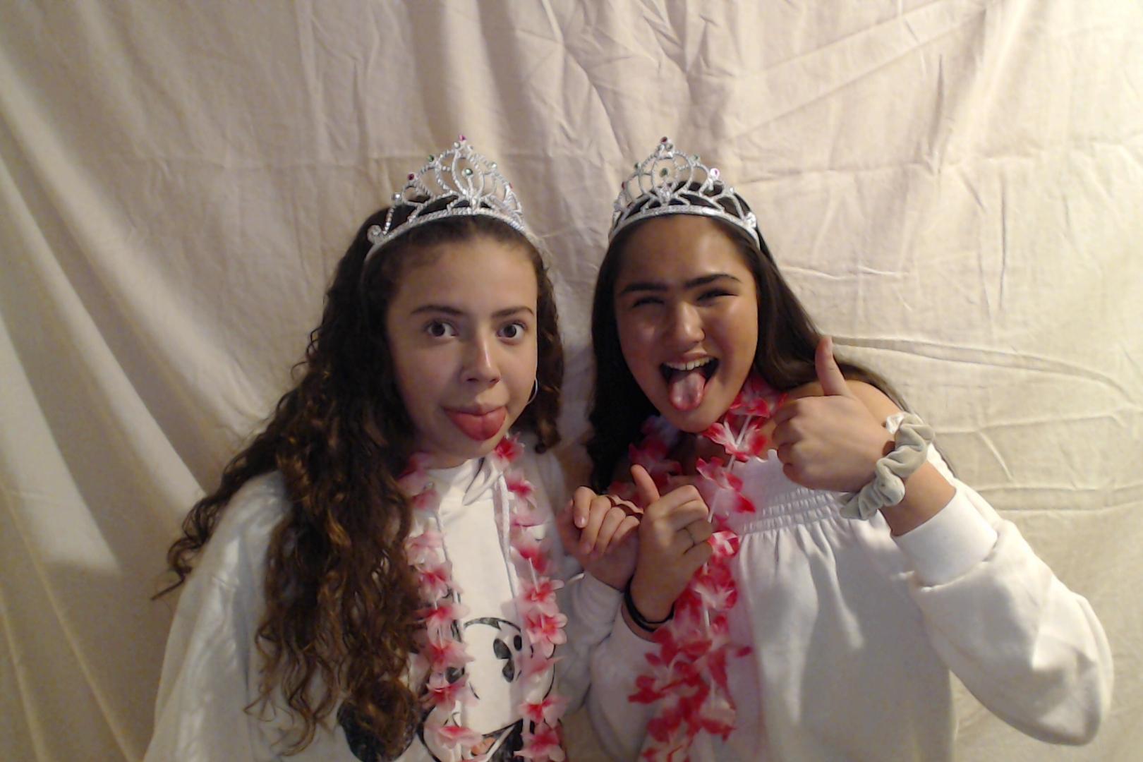 Michelle and Sophia 14th birthday020-2018-03-10singles