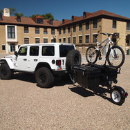 Mega-Pannier Equipped Sport Trailer