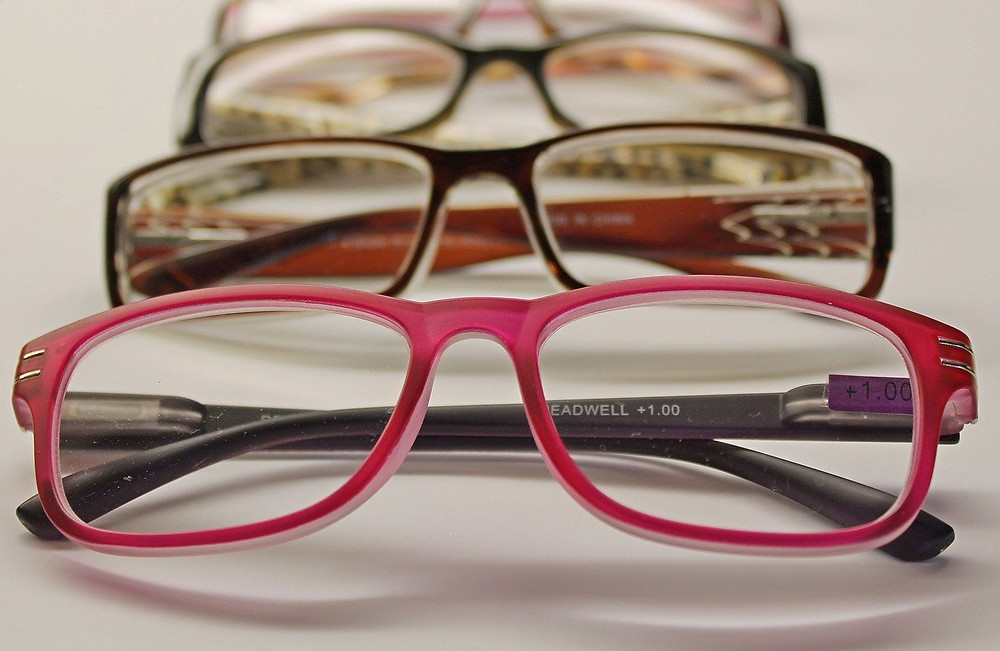 pairs of eye glasses