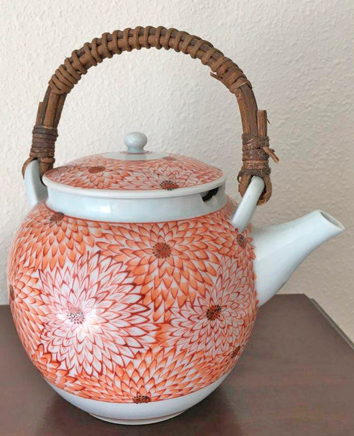 floral teapot