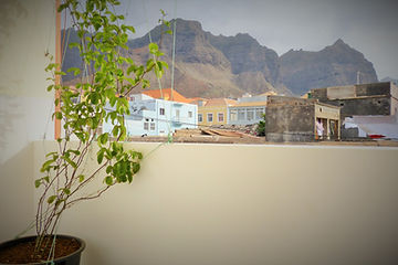Casa D'Mar - Ponta do Sol - Santo Antão - Cap Vert - Maison d'hote - Guesthouse - Hotel - Hébergement - Chambre - Evora - Vue montagnes