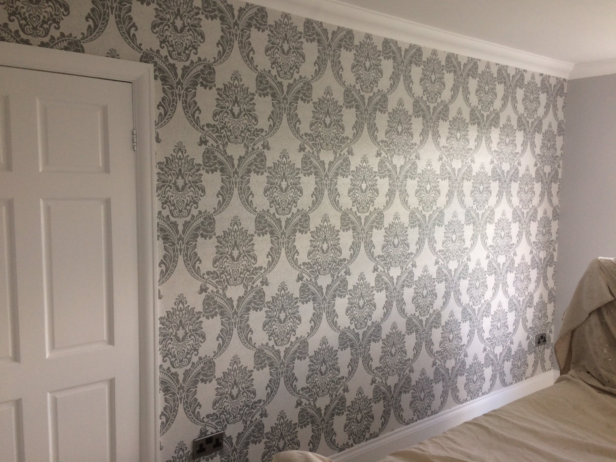 Feature wallpaper in Beckenham