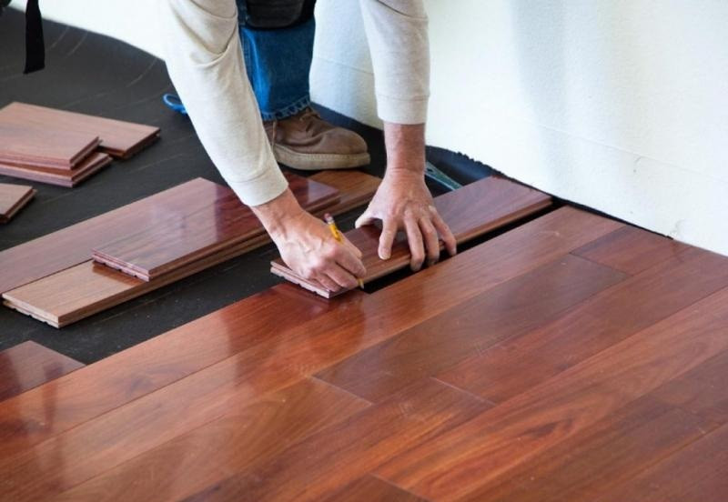 How to choose right flooring for house