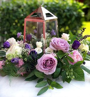 Dekoration lila rosor ljuslykta add a fl