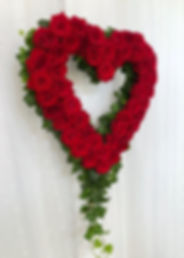 Dekoration_blomsterhjärta_blomhjärta_röd